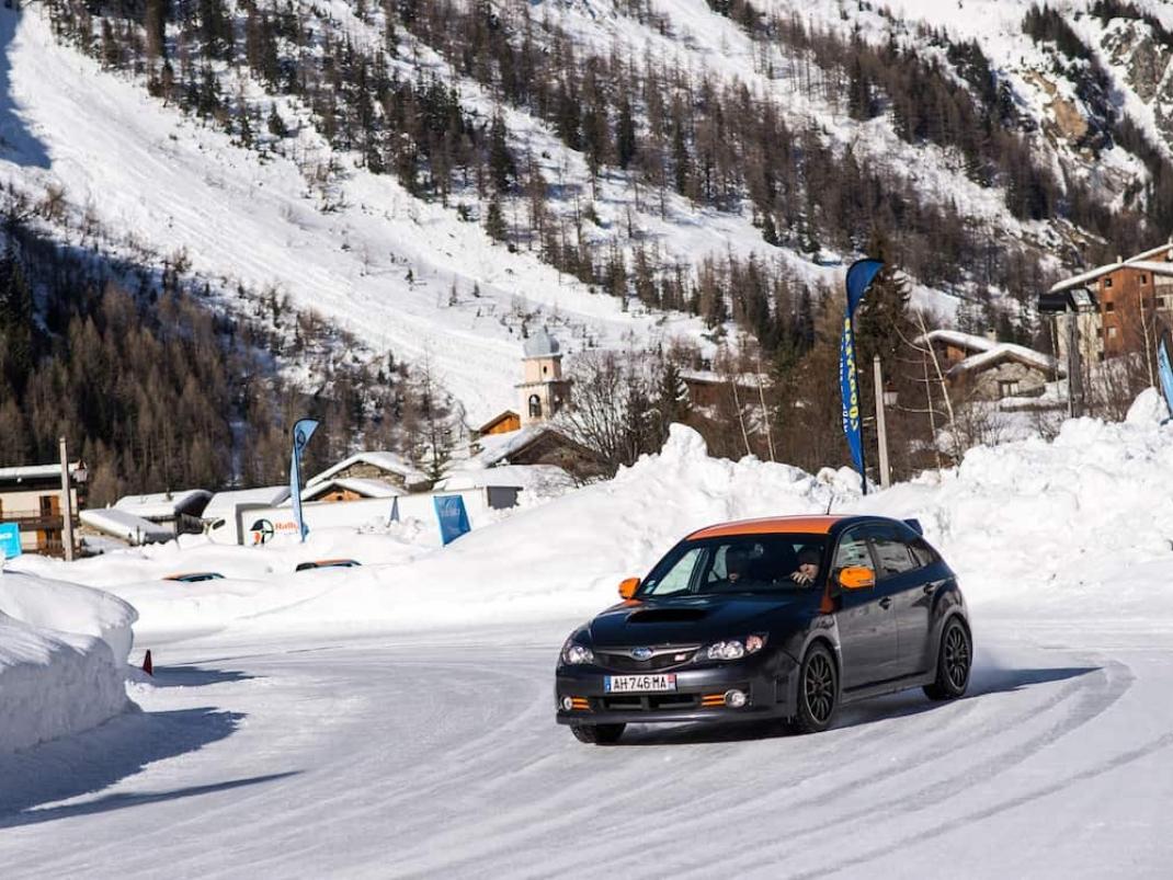 Stage intersaison Profiter de l'intersaison pour tester en altitude votre pilotage et votre physique Rallye Academie
